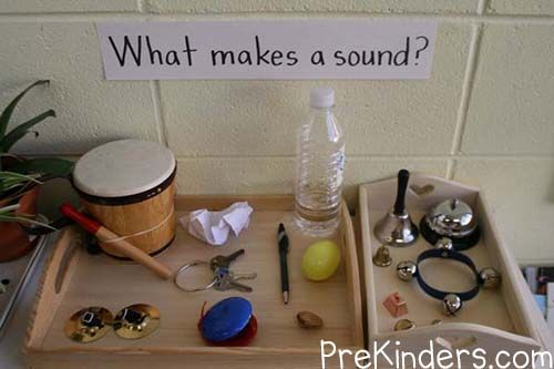 What Makes Sound?  ≈≈ For more inspiring pins: http://pinterest.com/kinderooacademy/auditory-play/
