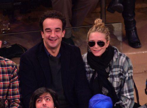 Mary-Kate Olsen dio el gran paso con su prometido Olivier Sarkozy. Según reportó PageSix, la pareja se casó el viernes 27 de noviembre en una íntima ceremonia celebrada en Manhattan.    Olsen, de 29 a