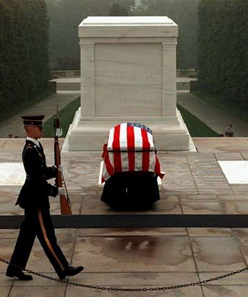 Tomb of the Unknown Soldier at Arlington National Cemetery