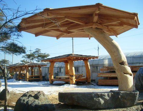 Pin Von Vitalijus Babidoric Auf Glamping Carpas Baumstamm Garten Holz Pavillon Gartengestaltung