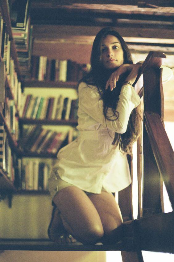 Stephanie de Almeida - Ensaio Analógico