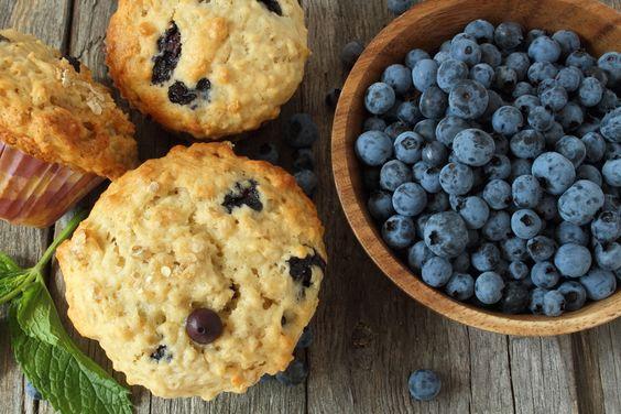 Vanille-Blaubeer-Muffins - einfach Low Carb