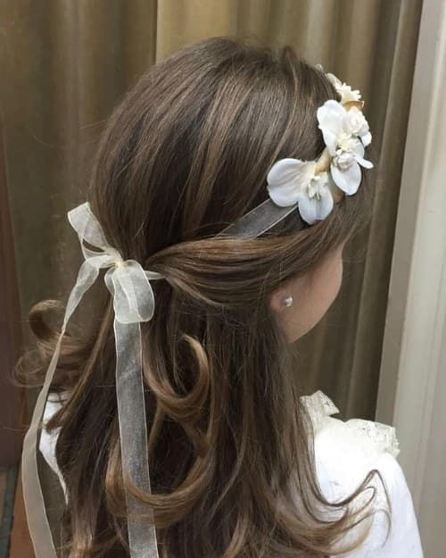 53 First Holy Communion Hairstyles For Kids Best In 2020 Communion Hairstyles First Communion Hairstyles Kids Hairstyles