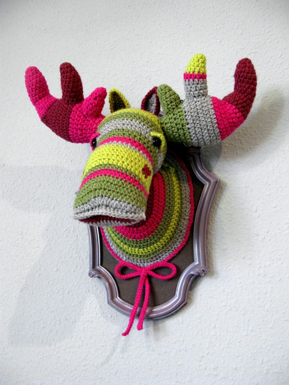 Crochet Color block Moose (BIG) in a wooden frame. ₪580.00, via Etsy.