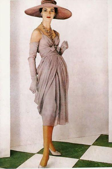 1956, Dior                                                       …