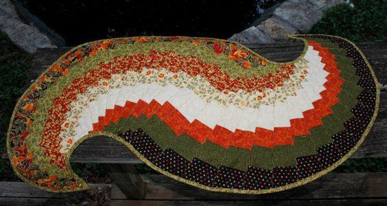 Autumn Harvest Spiral Table Runner https://www.etsy.com/shop/TwinSisCreations
