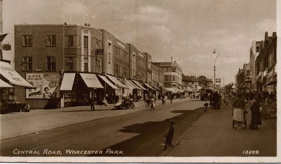 Central Road, Worcester Park KT4.
