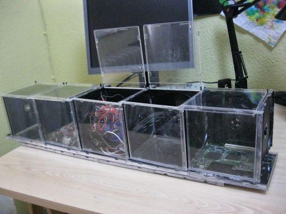 Clasificador con cajas de CDs