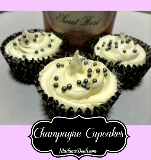 Easy Cupcake Recipe Champagne Cupcakes   perfect treat for New Year parties!