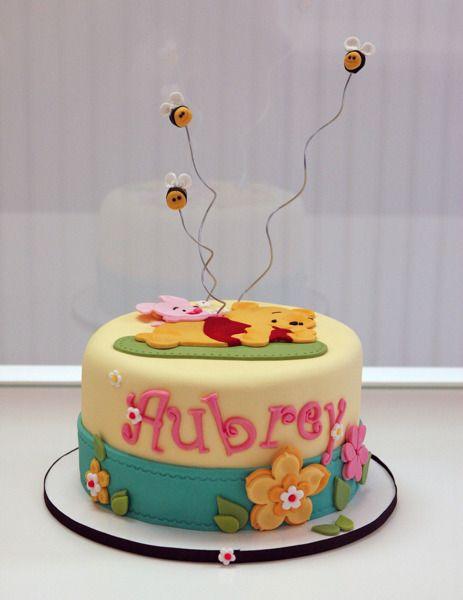 Winnie the Pooh cake. Fondant Cake.  Baby Shower cake.