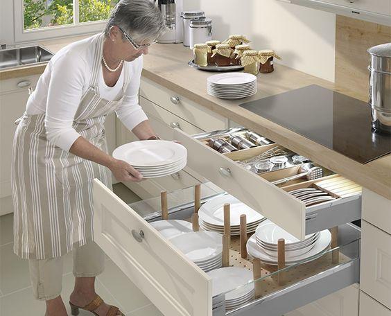Google and search on pinterest for Muebles de cocina vegasa