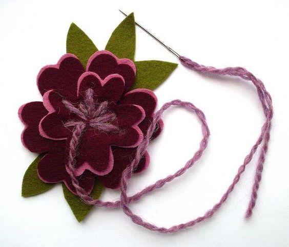Flor em feltro para várias aplicações !