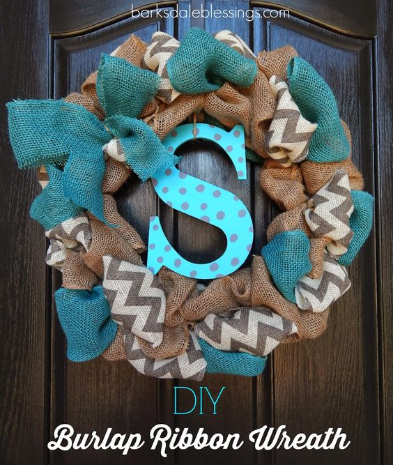 DIY Burlap Ribbon Wreath--With the blue to match the door, and the letter the same offwhite as the chevron, no chevron itself! yes!