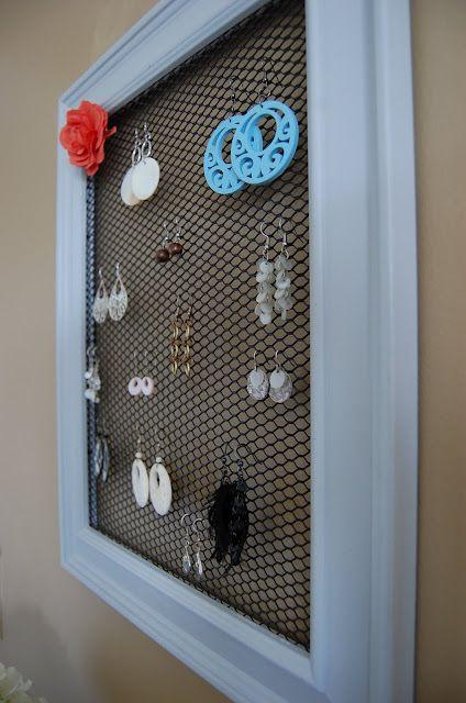 Two Creative Mommas: DIY Jewelry Organization.