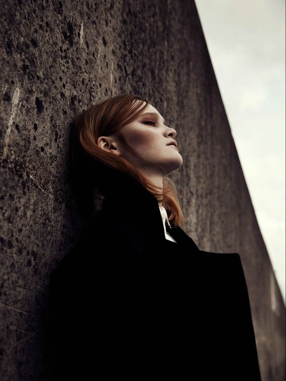 Mia, by Lina Tesch