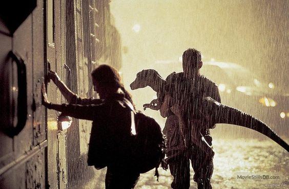 The Lost World: Jurassic Park - Publicity still of Julianne Moore & Vince Vaughn