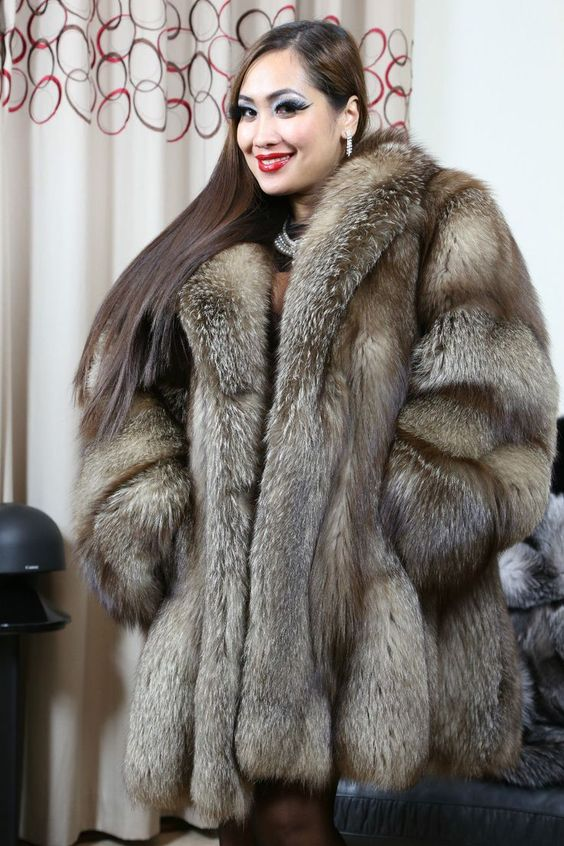 Crystal fox fur coat | Feeling Good in Fox | Pinterest ...