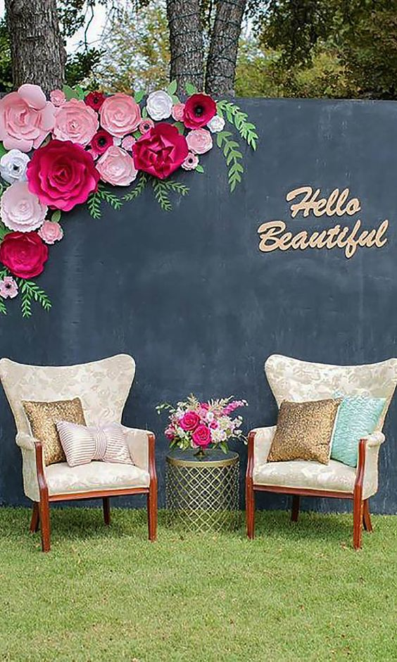 Simply Chic Wedding Flower Decor Ideas See more: http://www.weddingforward.com/simply-chic-wedding-flower-decor-ideas/ #weddings #decor: