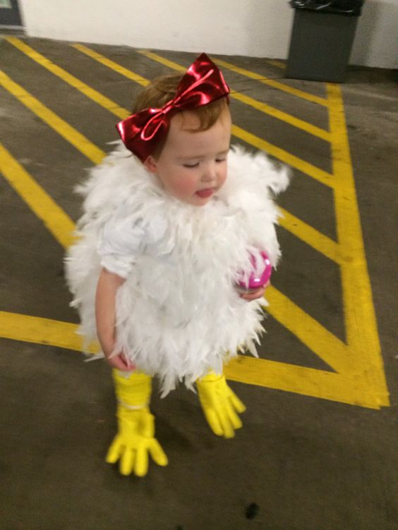 Why did the chicken cross the road?  Diy chicken costume inspired by martha stewart for Halloween!