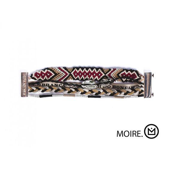 Bracelet Hipanema Moire En vente ici http://www.virginie-bijoux-montres.com/bracelet-hipanema-moire.html