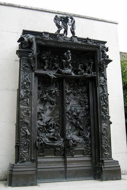Rodin dantes inferno and gates on pinterest - La porte de l enfer rodin ...