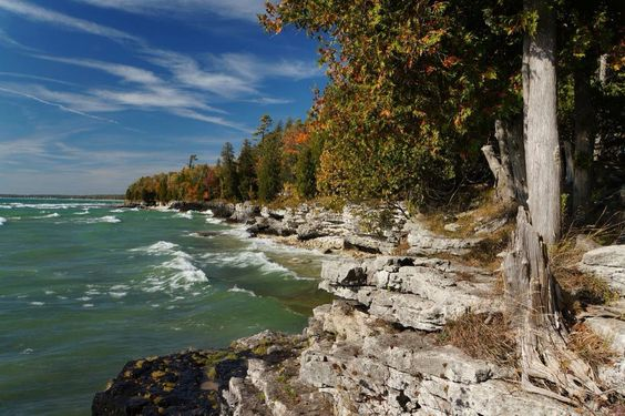 Fall on the shores!