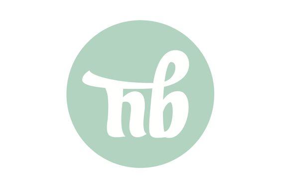 Naturalmente Bebé | Porto | Portugal  Professional Project  Brand Identity | Style Guide | Merchandising       www.naturalmentebebe.pt   January 2010