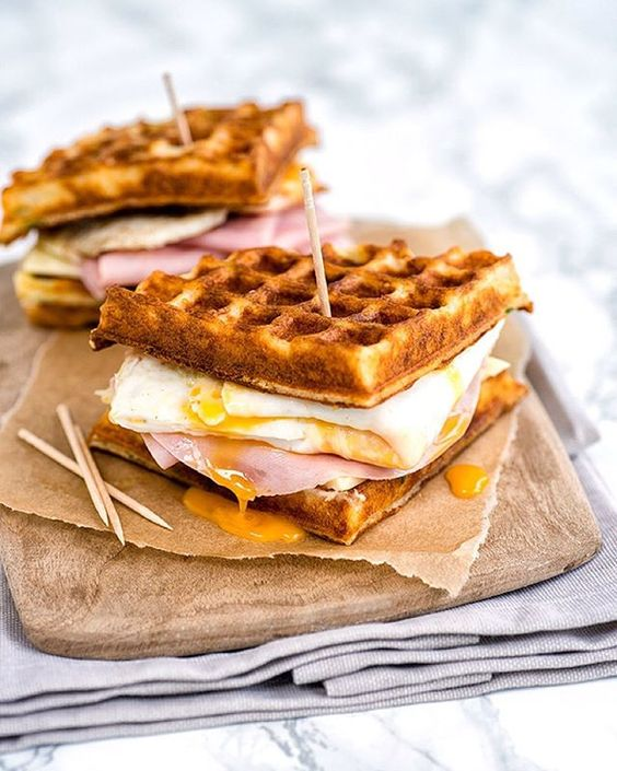 http://www.supergoldenbakes.com/2015/11/parmesan-waffle-ham-cheese-and-egg.html?m=1:
