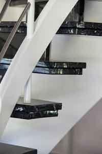 Granittreppe Granit Verlegung Treppenbelag Treppenstufen