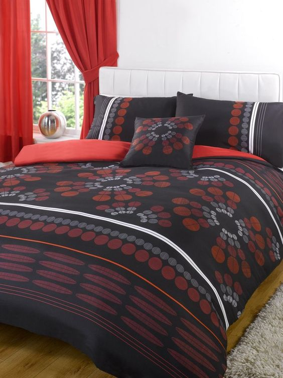 Bumper Duvet Complete Bedding Set With Matching Curtains - Aster ...