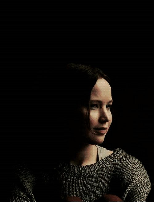 katniss everdeen speech in hunger games In the hunger games when katniss volunteers herself for the reaping, to take her sister place is a good example because she is forced to leave her family to compete in the hunger games katniss's younger sister, primrose everdeen, is the name that effie trinket actually pulled out of the glass bowl for the girls.