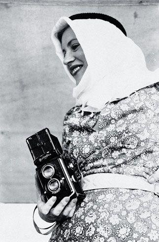 Lee Miller with Rolleiflex, Egypt, 1935