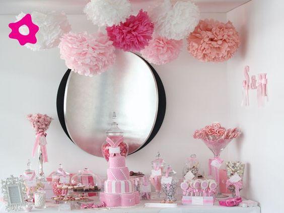 En tonos rosas.