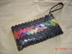 Wrapper Purses - Made completely from recycled potato chip wrappers    great directions