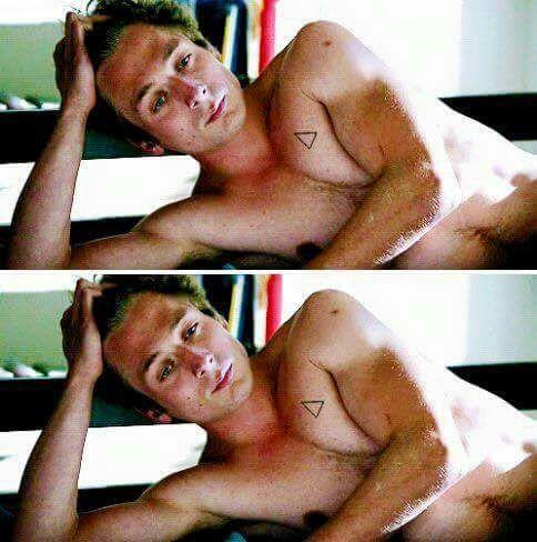 "Jeremy Allen White as Phillip ""Lip"" Gallagher in Shameless"