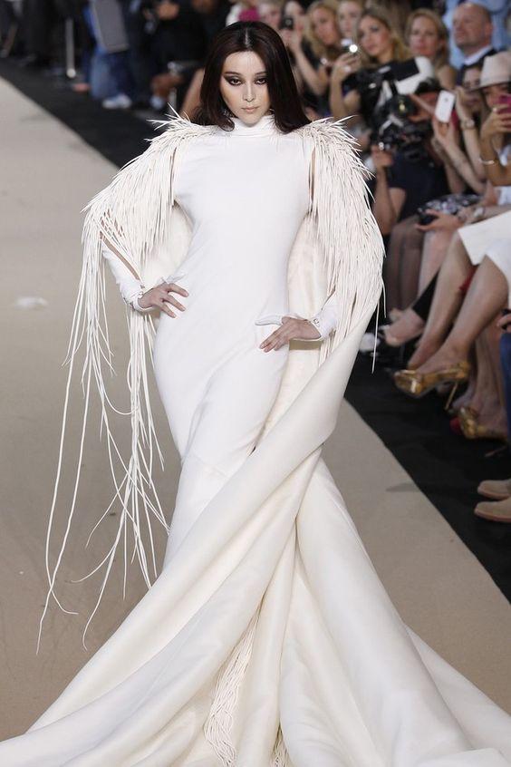 Wow! Fan Bingbing, Stephane Rolland Fall/Winter Couture 2012 show in Paris