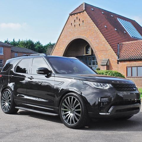 Due Next Week Into Stock Our Simply Classic Revere Wc2 22 Inch Alloy Wheel Now Made Direct Fitment For Land Rover Discovery 5 Land Rover Discovery Land Rover