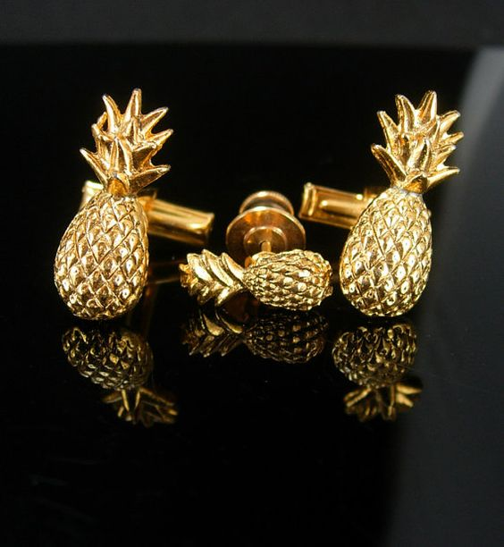 Hawaiian PINEAPPLE Cuff links Gold Cufflinks by NeatstuffAntiques
