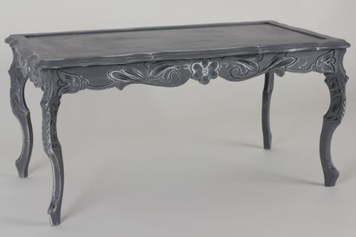 Gray Coffee Table with Distressed Finish. Shabby Chic look.
