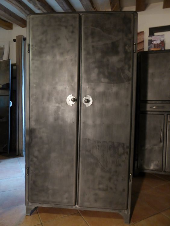 Armoire m tal industrielle an 50 39 for Meuble metal cuisine