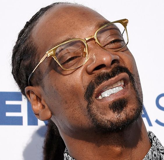 Snoop Dogg 20-10-1971  Amerikaans rapper, zanger en acteur.