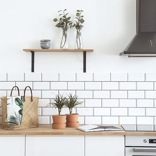 Carrelage Mural 11 Idees Pour Mieux Choisir Cuisine Blanche Et Bois Cuisine Appartement Cuisine Moderne