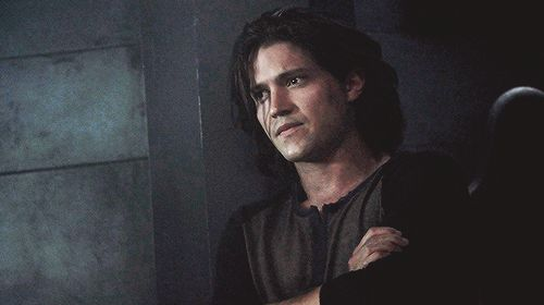 Thomas Mcdonell = Finn Collins #The100  #CW