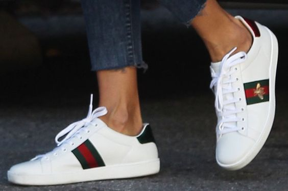 "Alessandra goes for the low-key bee embroidery on her Gucci ""Ace"" sneakers:"