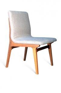 Cadeira Helvética - Clami Design