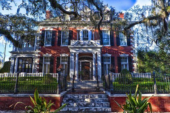 "Savannah, GA by Rob Laskin on 500px / Mansion in ""Baggar Vance"" movie"