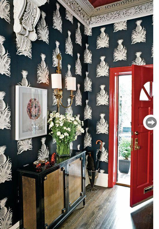 .wallpaper, red door