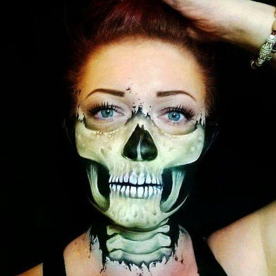 Skelett Make up.