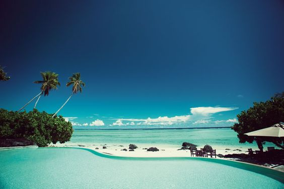 Beachside pool at Pacific Resort Aitutaki in the Cook Islands. Photograph by Alistair Taylor-Young.