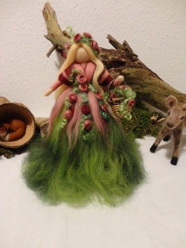 °°°Herbst Rosen Fee Elfe Engel Filz Waldorf Jahreszeitentisch Märchenwolle°°°